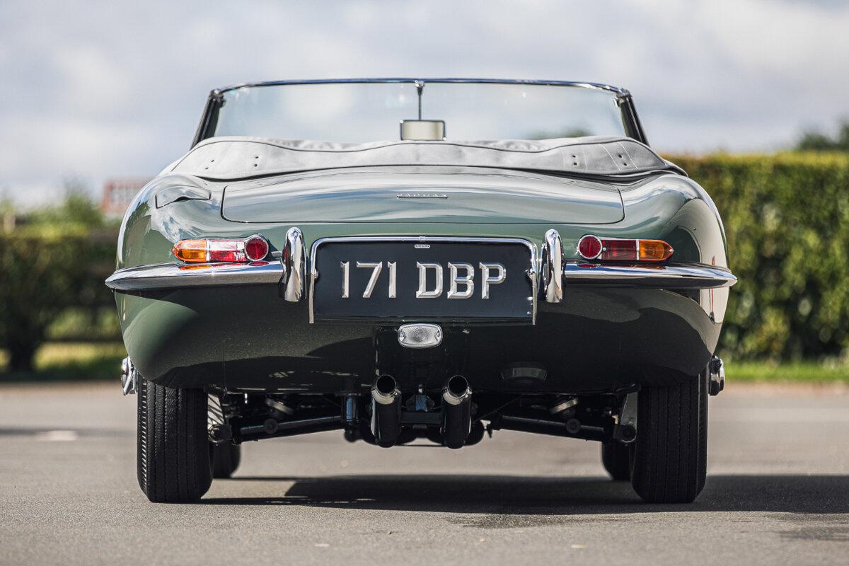 1961JaguarE-TypeRoadster-ChassisNumber850062(3).jpg