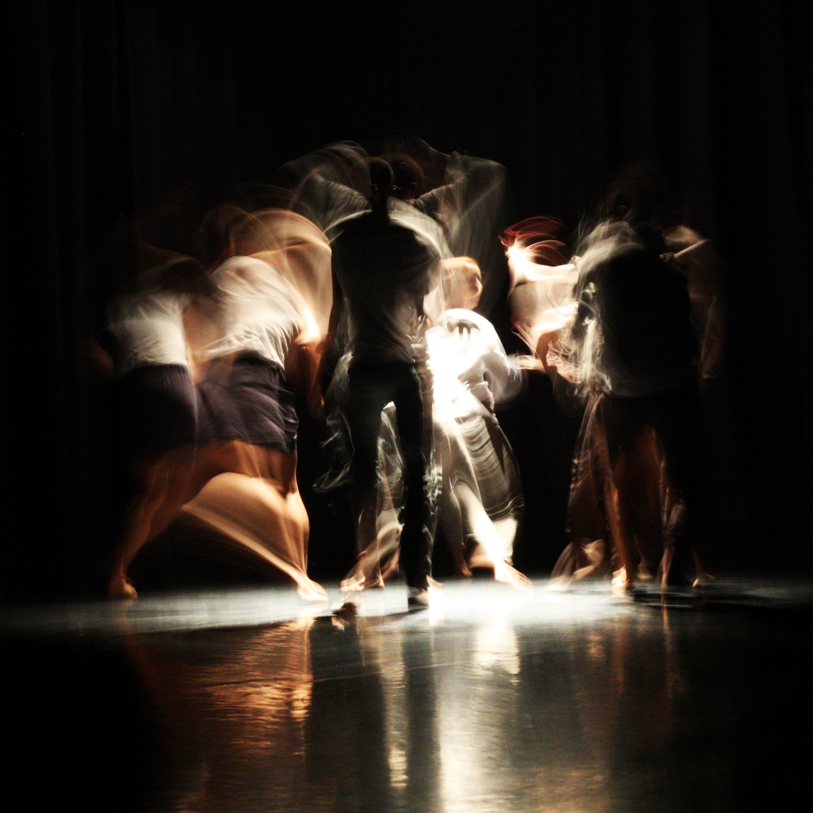 What is Written Dance Company. Image: Olga Galona