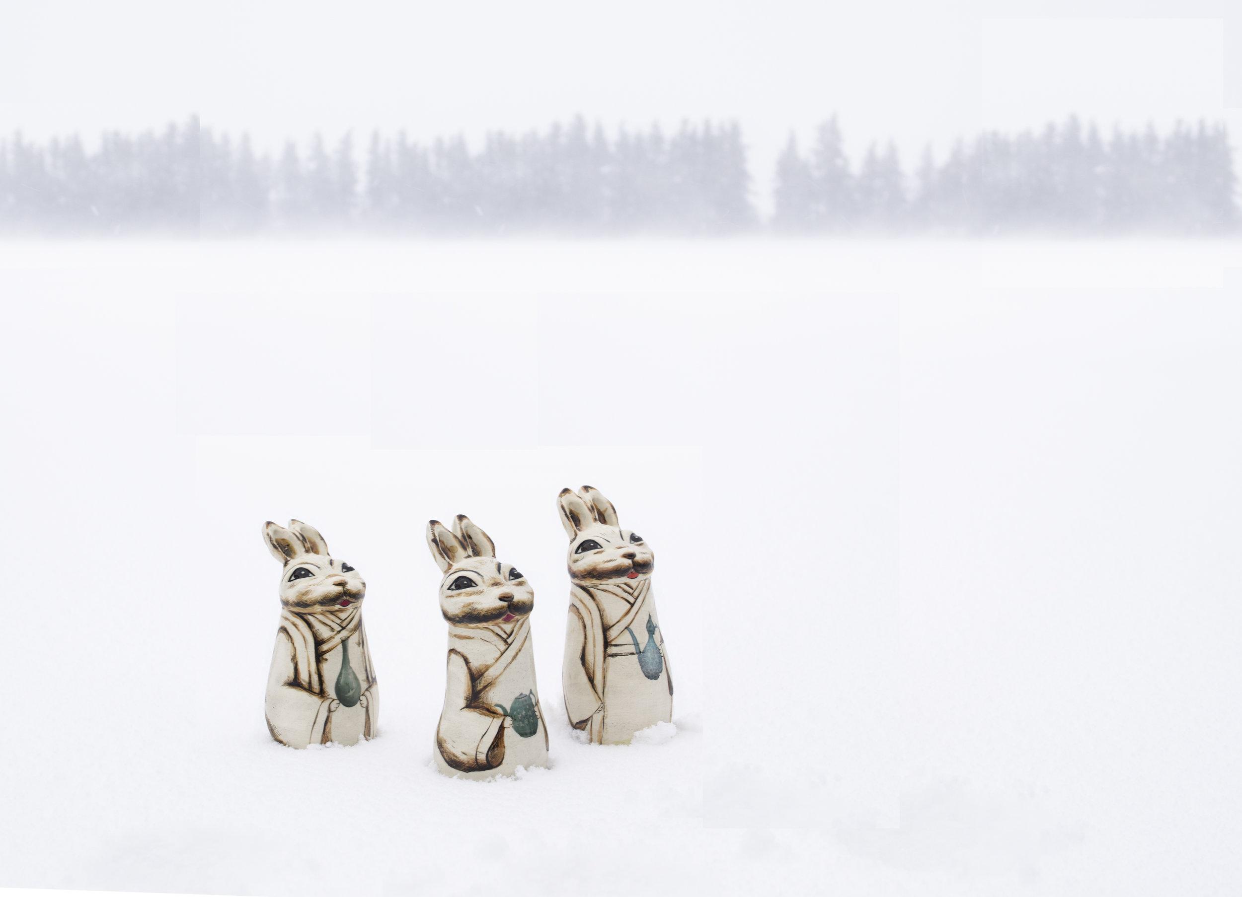 The rabbit doll series 3-Envoys of Goryeo(field in snow), ceramic, 2018 (1).jpg