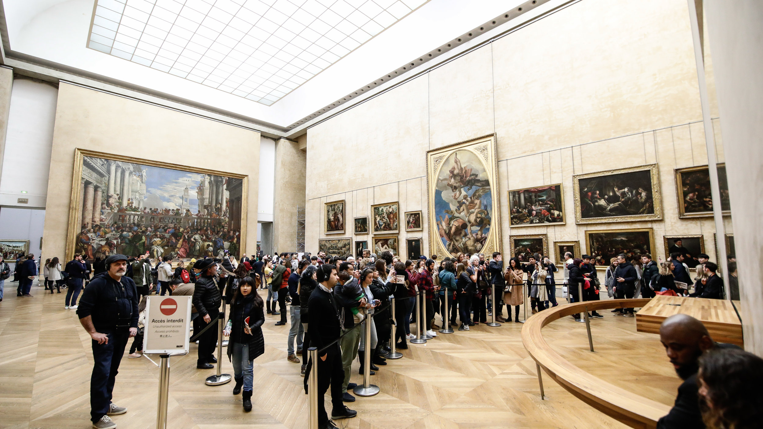 We were so lucky that it wasn't busy in January. Normally, this room is packed full of people trying to view Mona Lisa.
