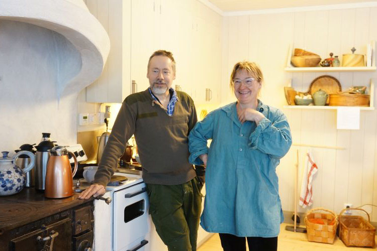 Jens and Ylva are a couple who built their own house and grows much of their own food. They also import eco grains for their community.