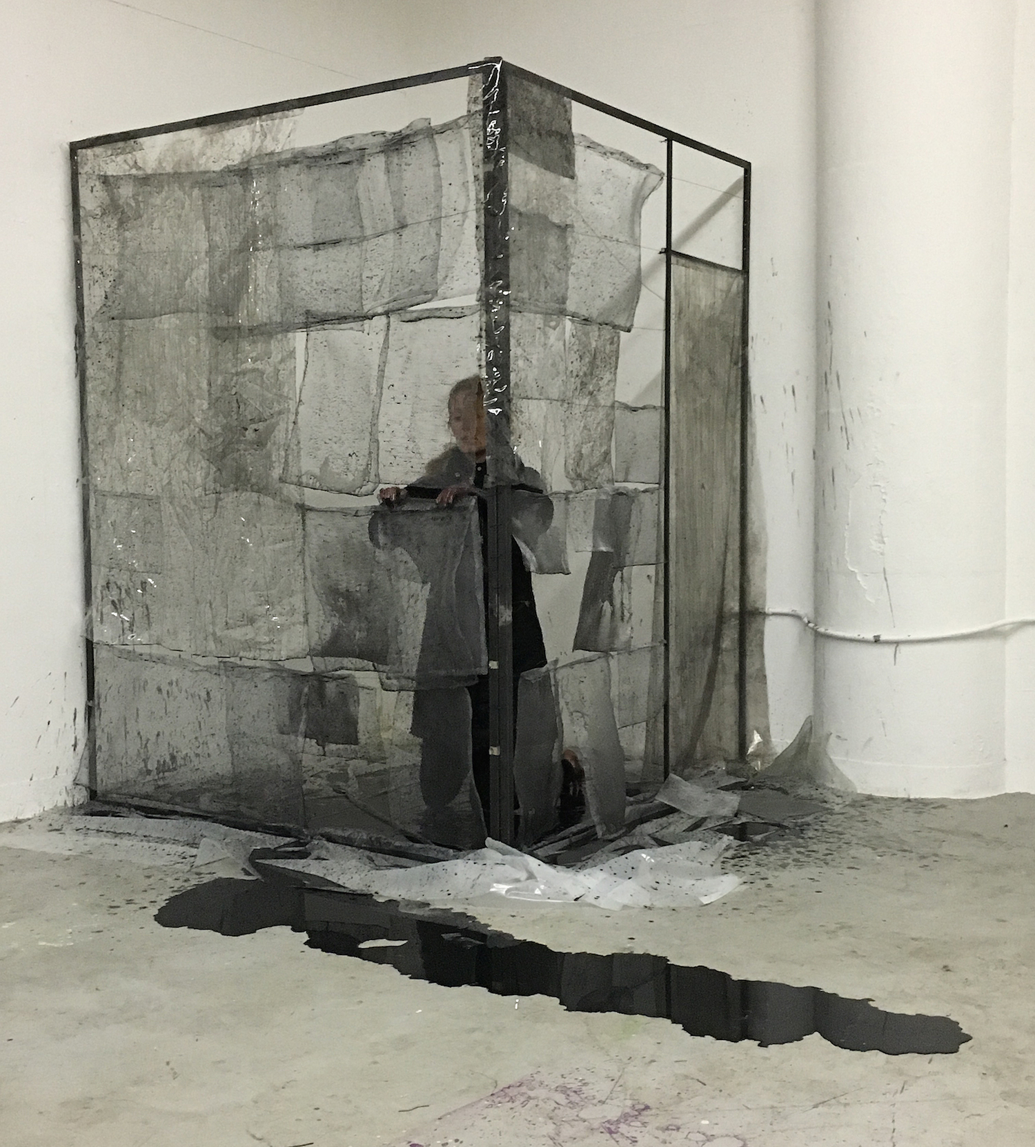 Julia Betts,  Window Screens , durational performance with ink, steel, and window screens, 3:30, Rhode Island School of Design, 2016