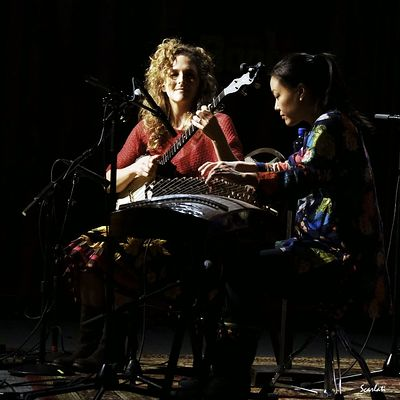 Abigail Washburn and Wu Fei will perform their first full concert together as part of Acoustic Planet Tales, a series running Oct. 14 to 23, curated by and featuring the widest-ranging of banjo players, Béla Fleck, who is Ms. Washburn's husband. PHOTO: ANTHONY SCARLATI