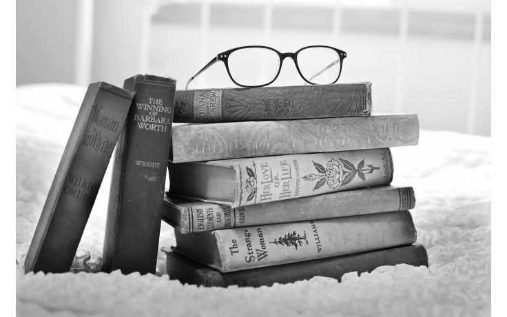 stack-of-books-1001655_1920.jpg.jpg