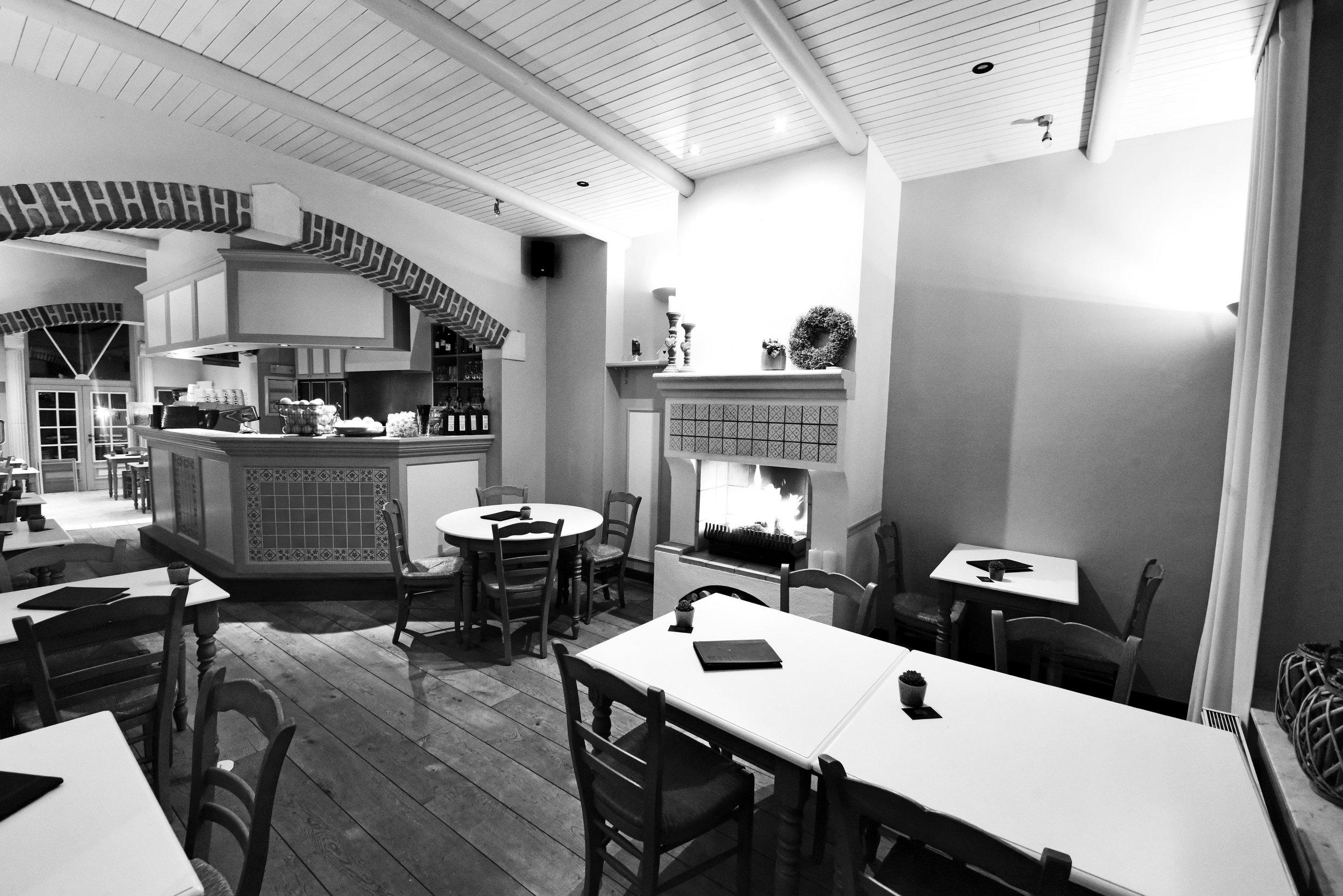 4 l arret vert de haan bnb hotel ontbuit lunch restaurant.jpg