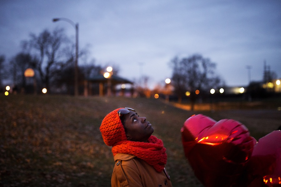 Once a week, Renee Whitfield releases heart-shaped balloons in memory of her son, Rashad Farmer, who was fatally shot in July 2015. Authorities have not caught his killer. CAROLINA HIDALGO | ST. LOUIS PUBLIC RADIO