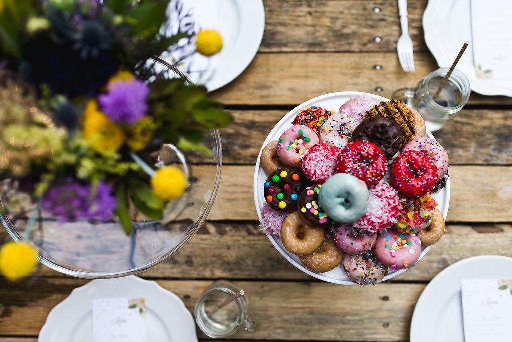 Bobarikin Photography - Livi Lees donuts & Bloomhouse Florals