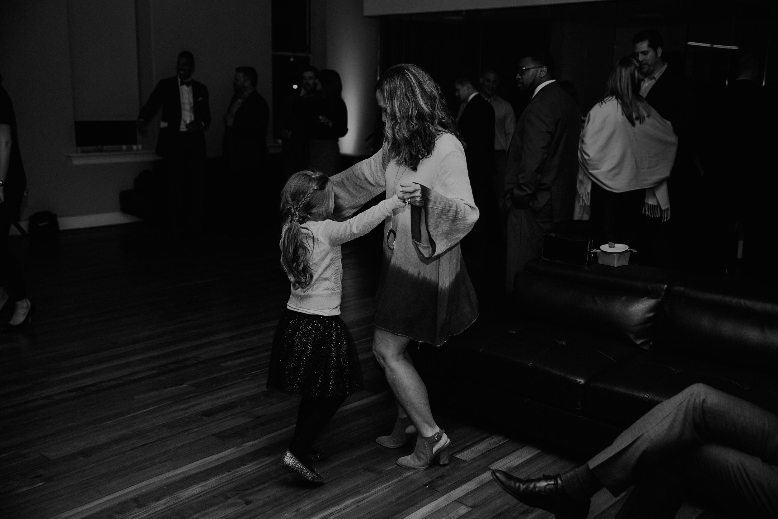 Jessie_and_Andrew_Cincinnati_Wedding-EDIT-452.jpg