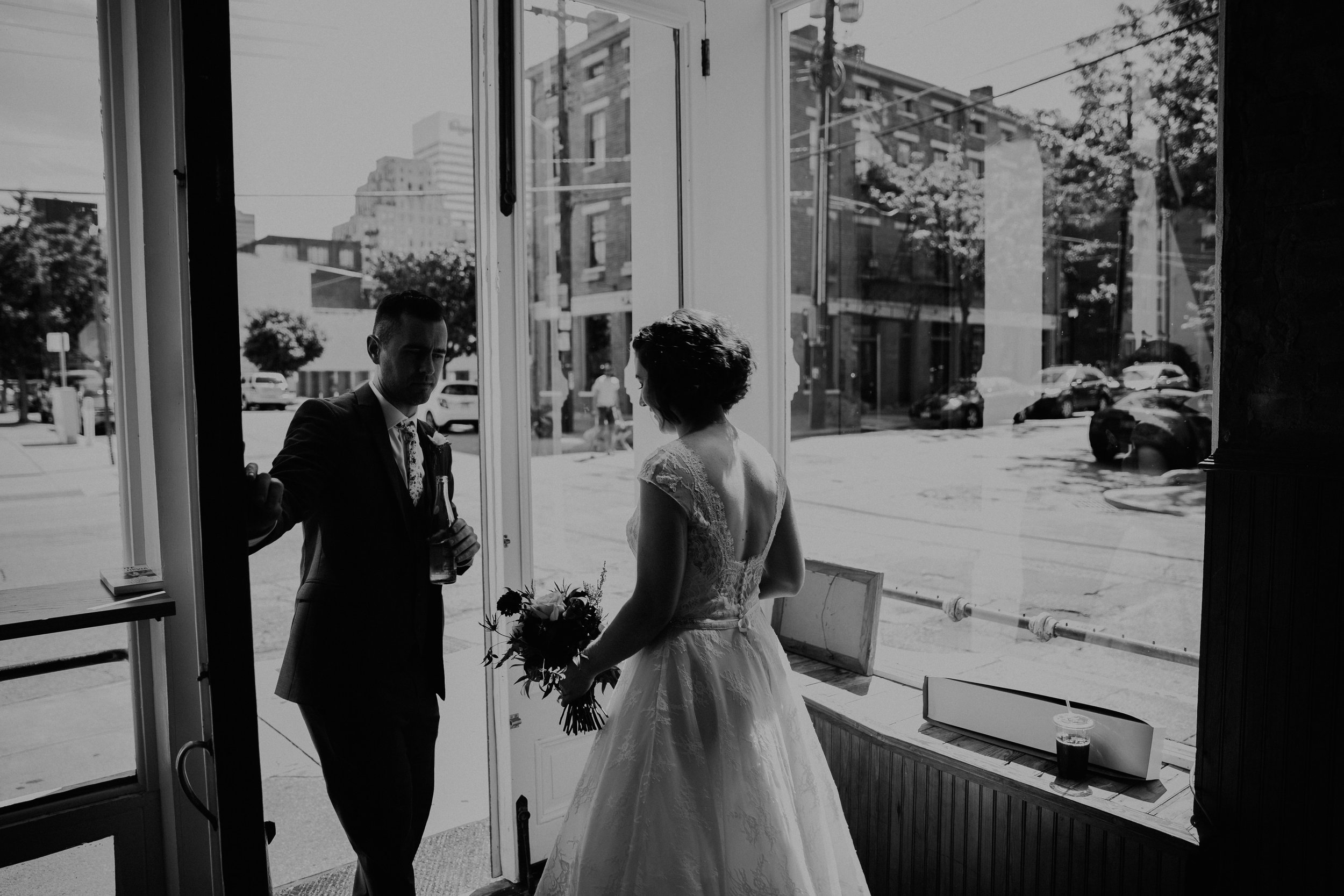 Cincinnati_Rhinegeist_Wedding_Andy_Katie-214.JPG