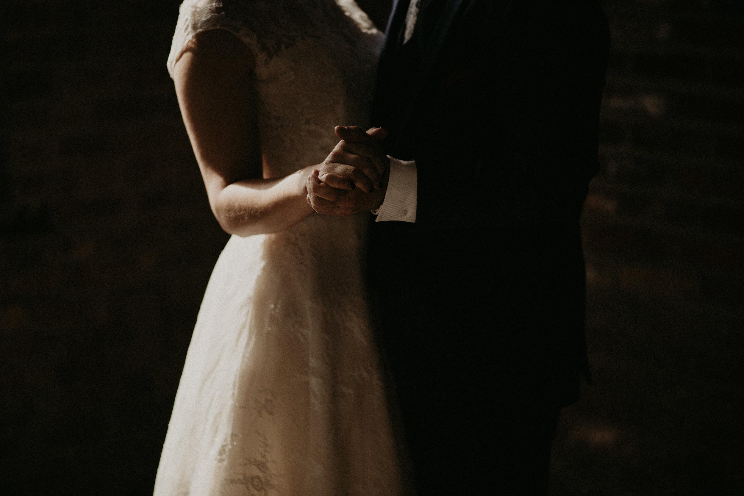 Cincinnati_Rhinegeist_Wedding_Andy_Katie-340.JPG