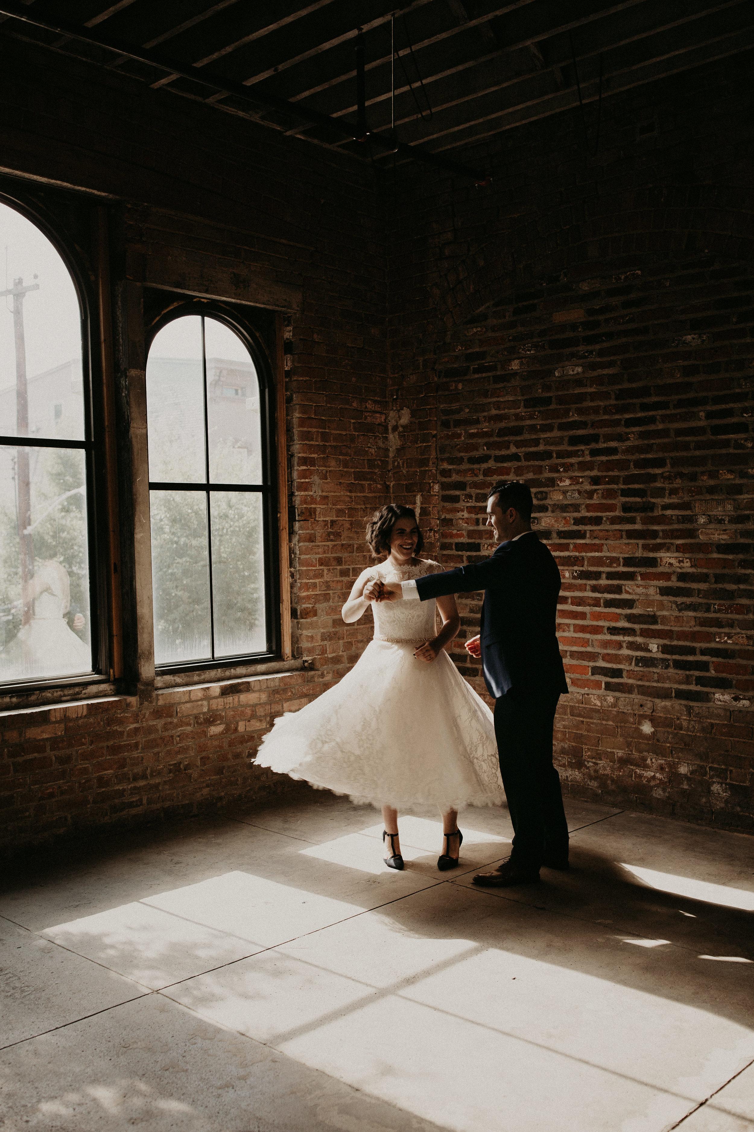 Cincinnati_Rhinegeist_Wedding_Andy_Katie-367.JPG