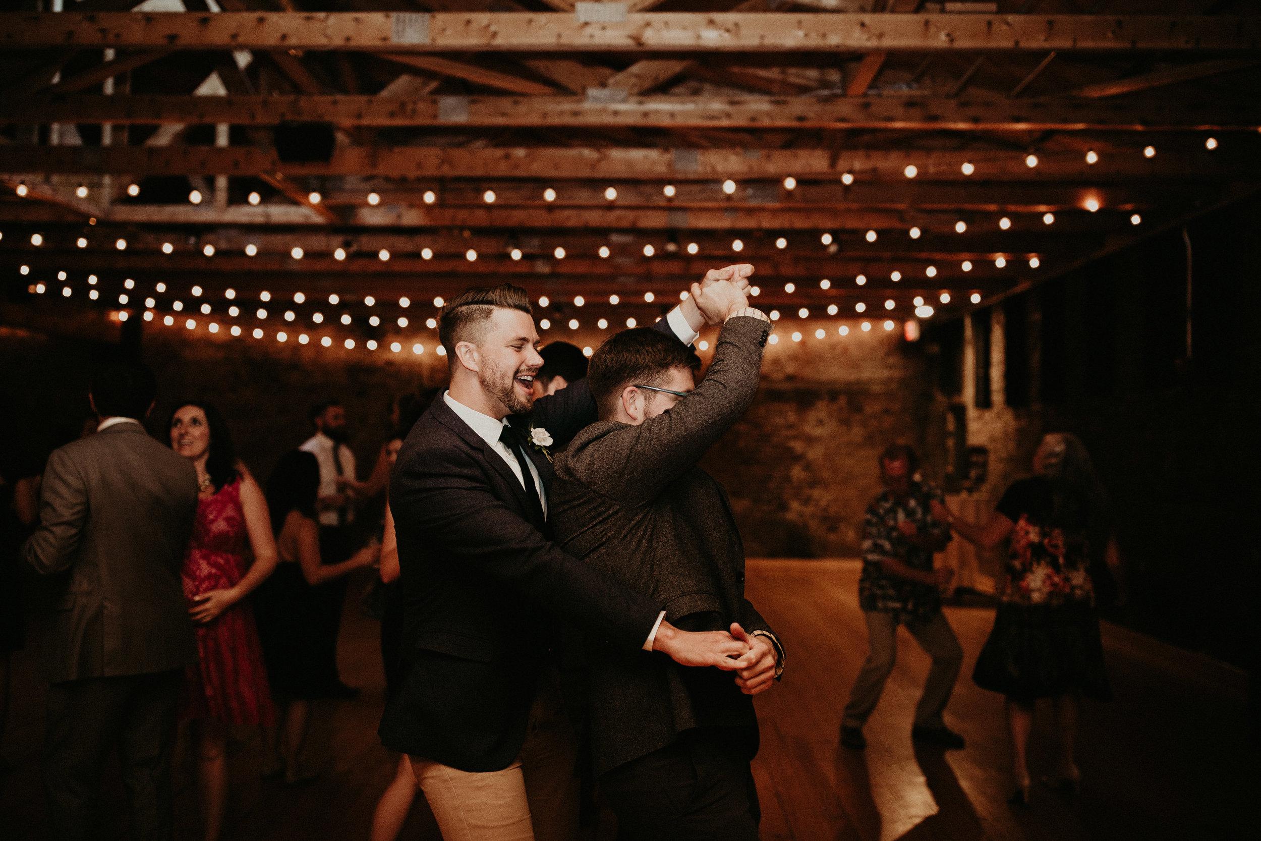 Cincinnati_Rhinegeist_Wedding_Andy_Katie-611.JPG