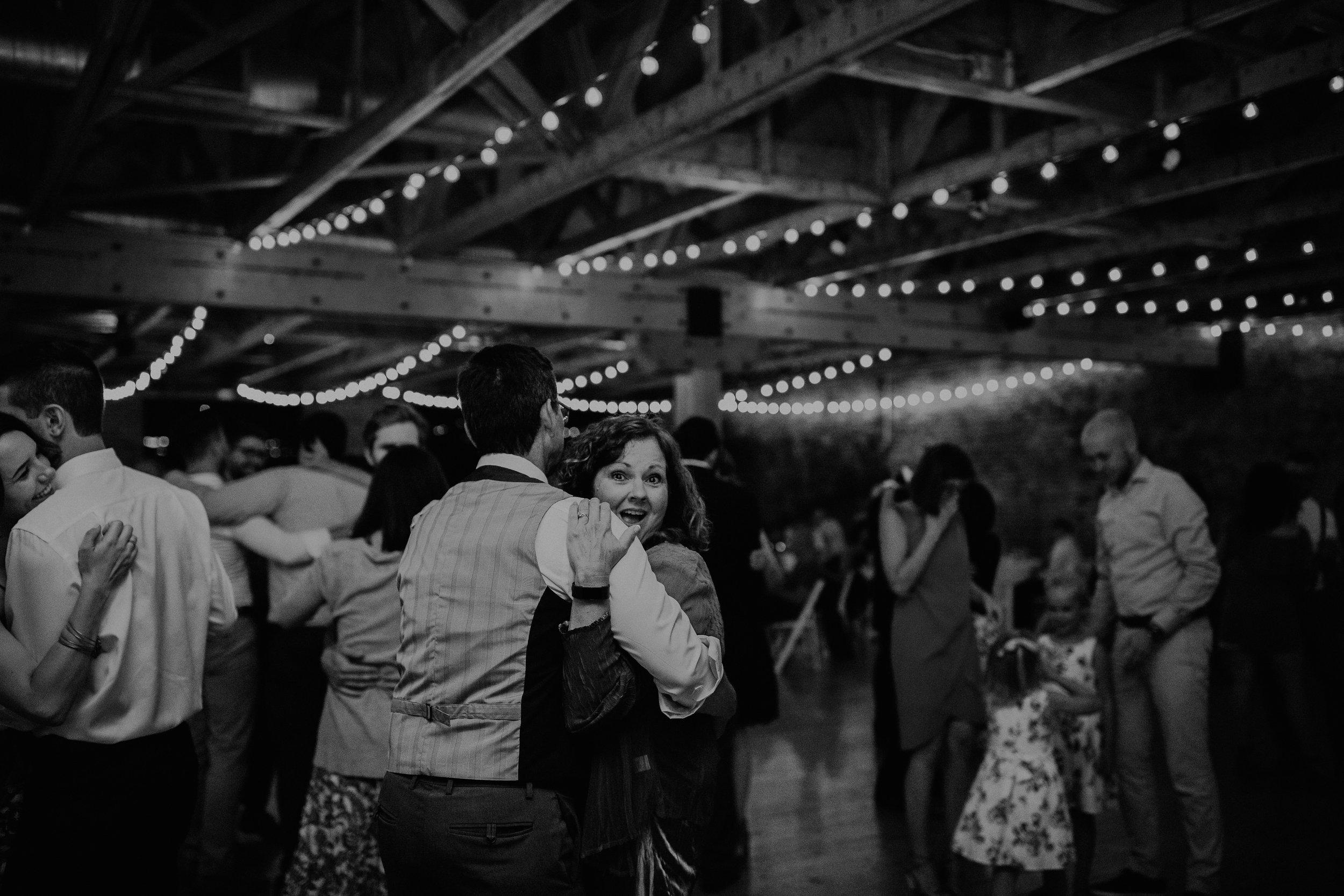 Cincinnati_Rhinegeist_Wedding_Andy_Katie-639.JPG