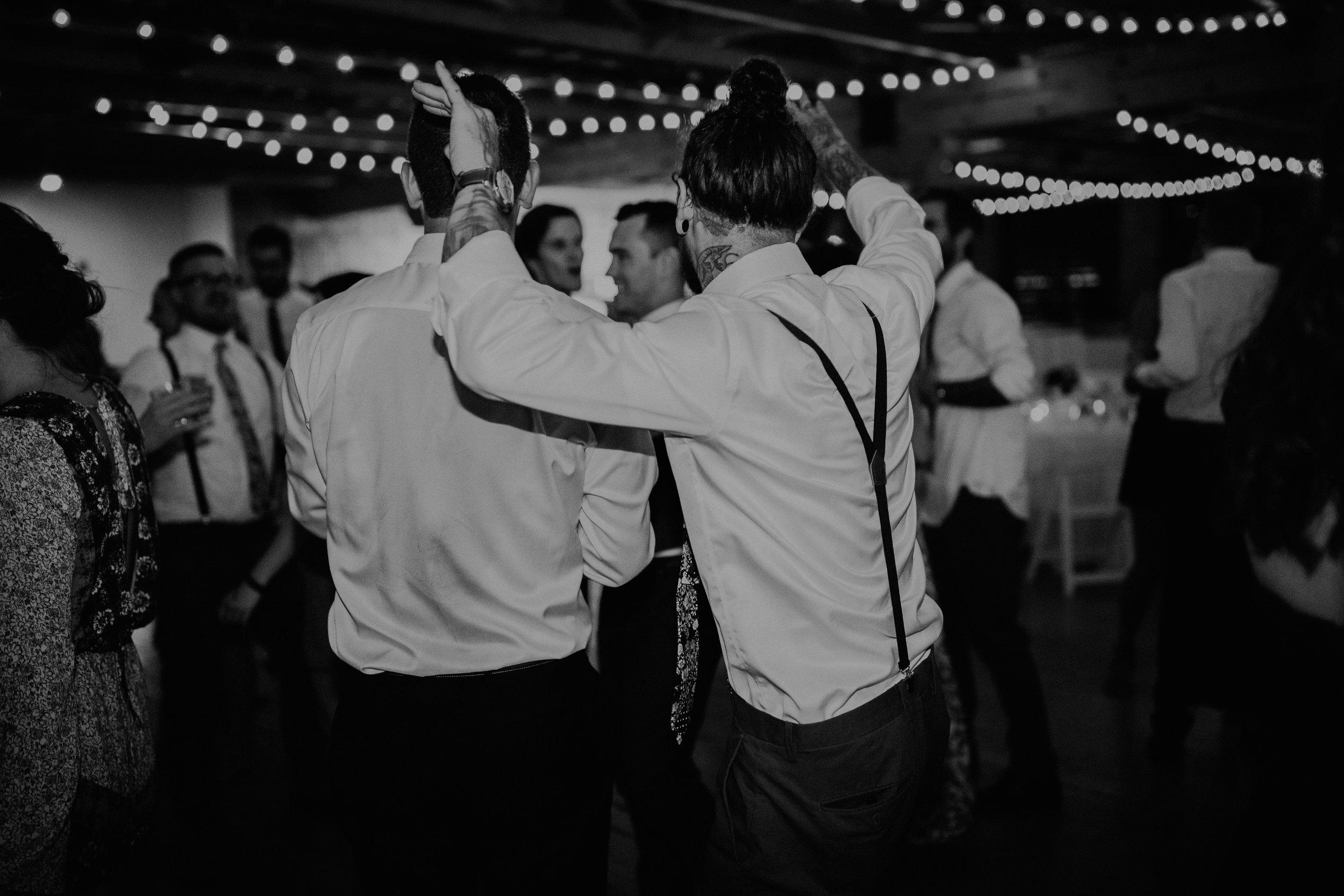 Cincinnati_Rhinegeist_Wedding_Andy_Katie-660.JPG