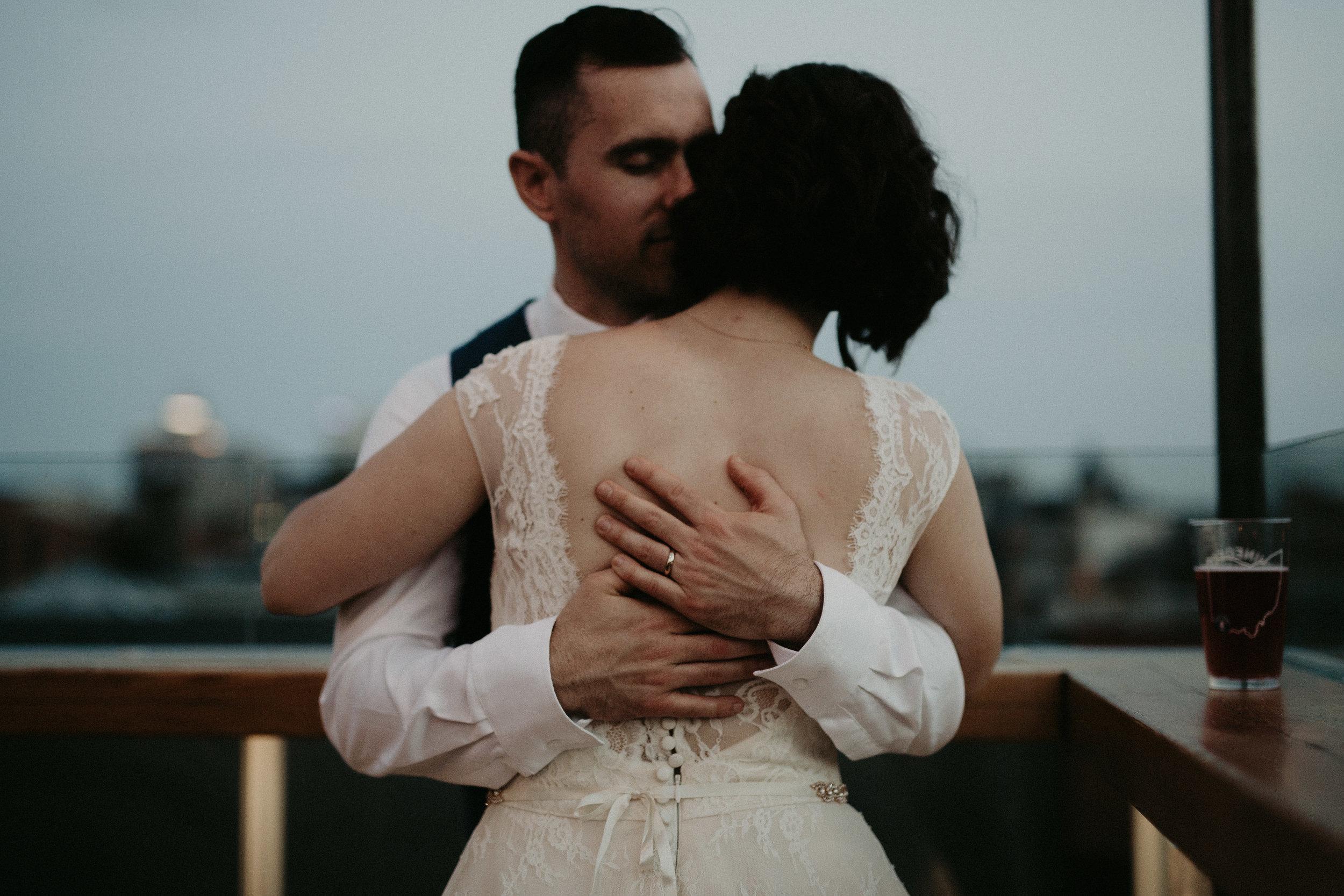 Cincinnati_Rhinegeist_Wedding_Andy_Katie-668.JPG