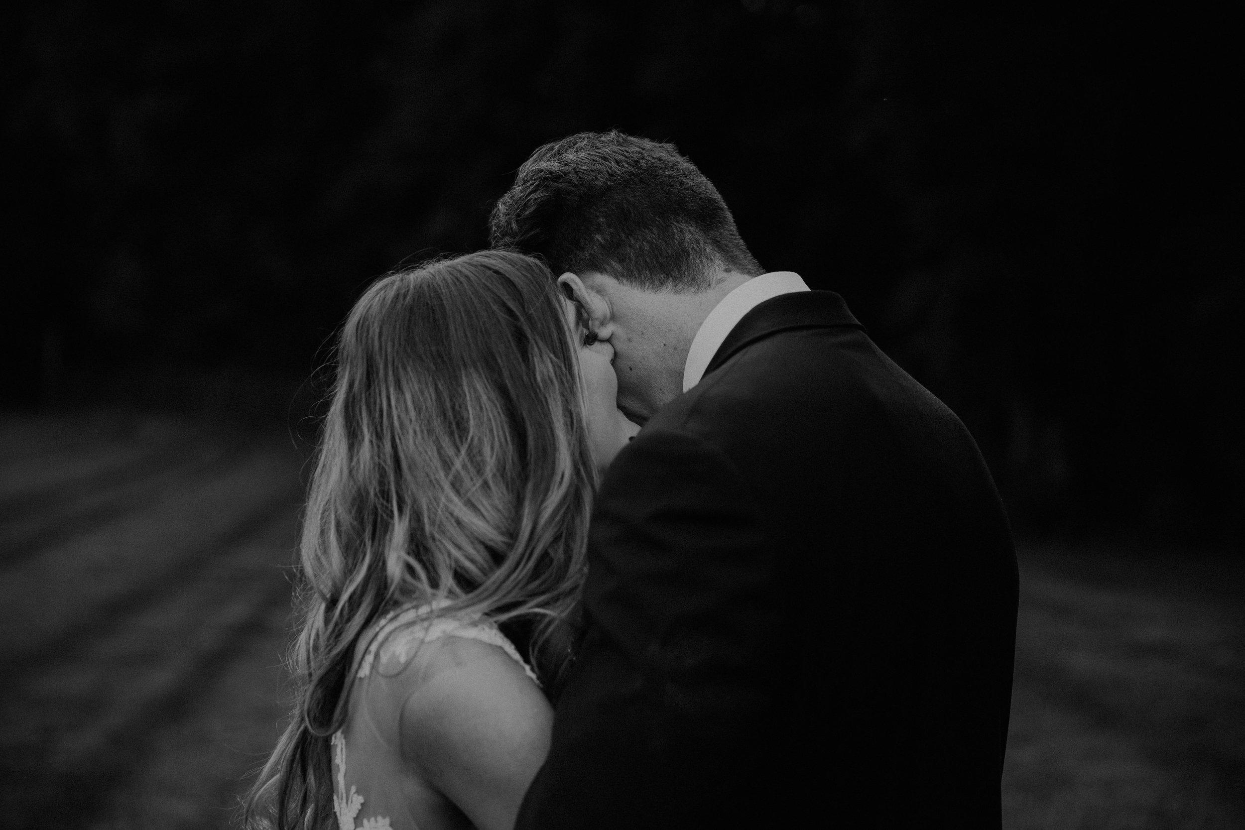 Mariemont_Chapel_Cincinnati_Wedding_Hannah_Nick-EDIT-698.JPG
