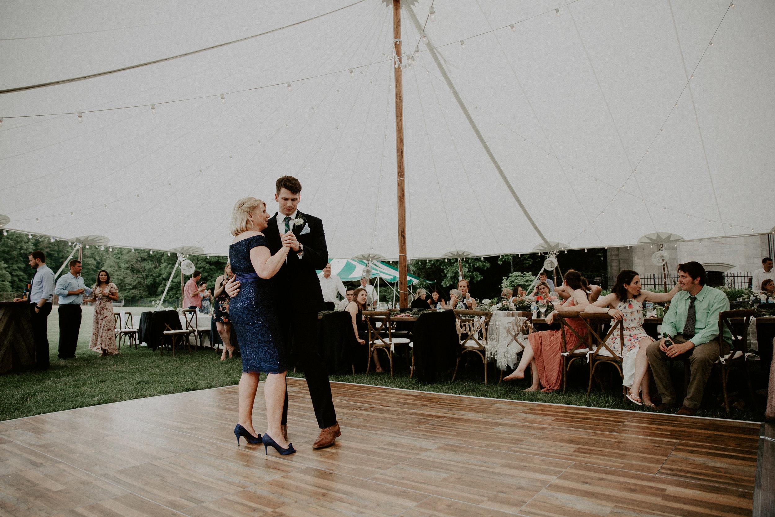 Mariemont_Chapel_Cincinnati_Wedding_Hannah_Nick-EDIT-756.JPG