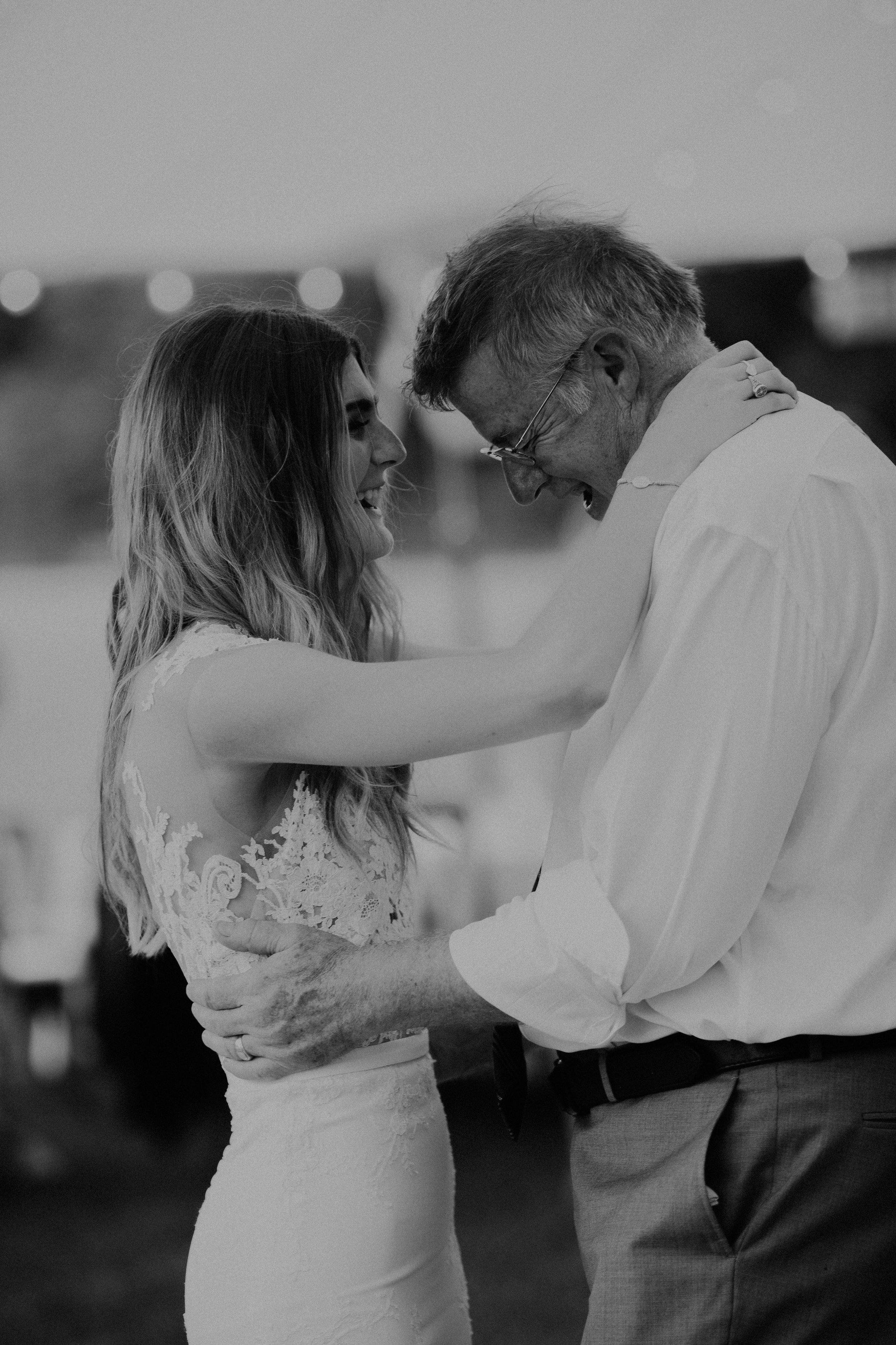 Mariemont_Chapel_Cincinnati_Wedding_Hannah_Nick-EDIT-758.JPG