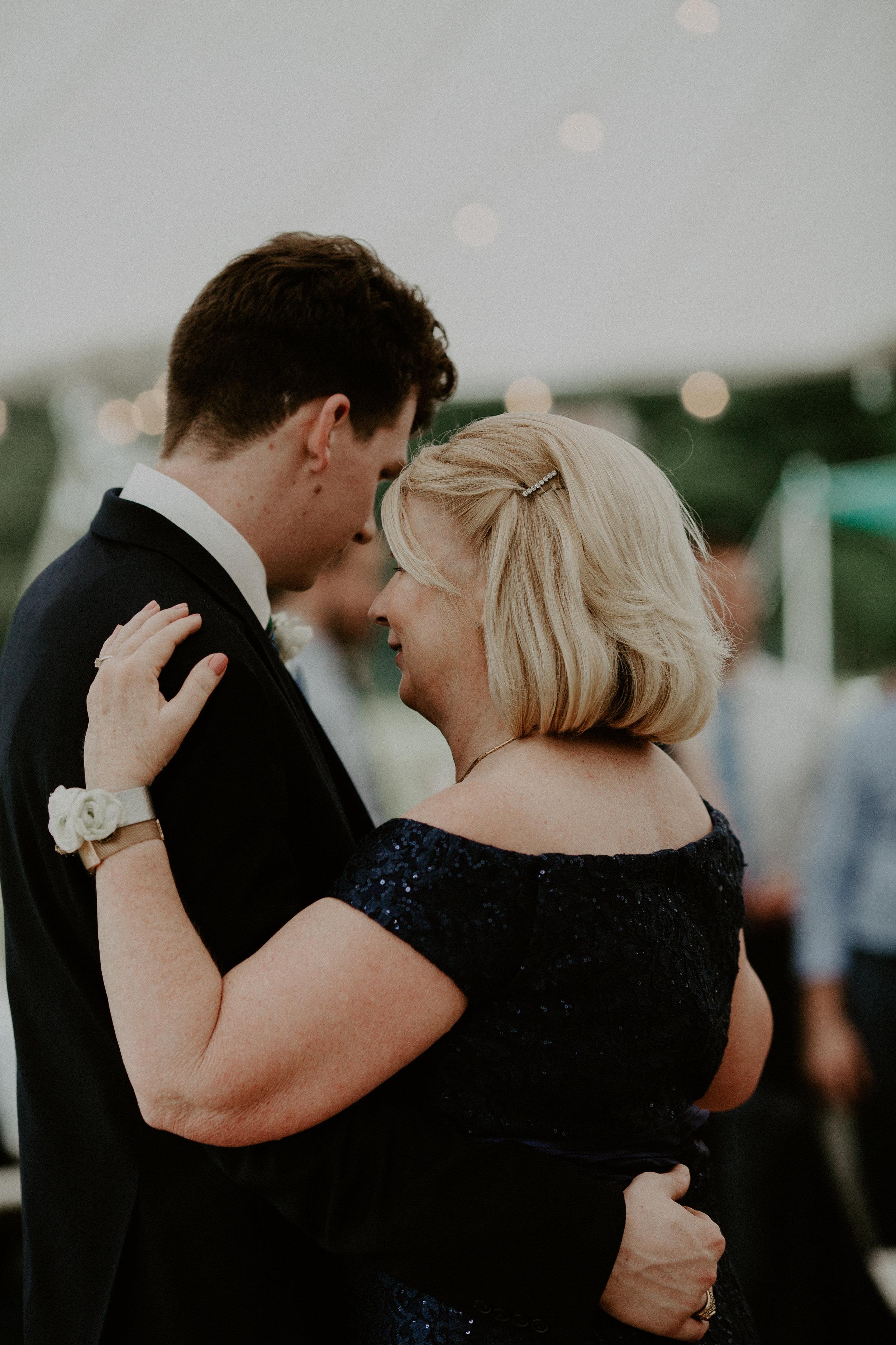 Mariemont_Chapel_Cincinnati_Wedding_Hannah_Nick-EDIT-762.JPG