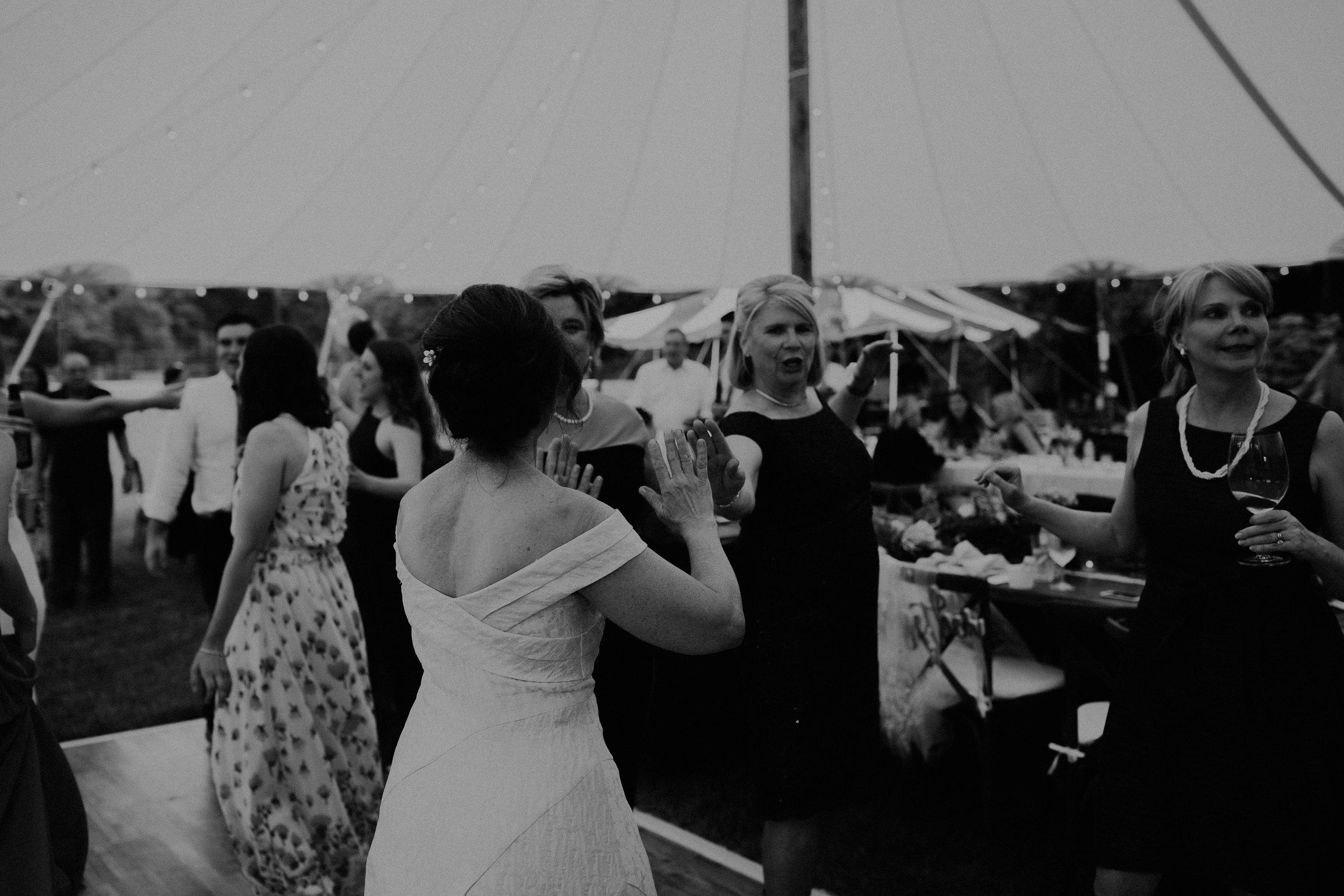 Mariemont_Chapel_Cincinnati_Wedding_Hannah_Nick-EDIT-768.JPG
