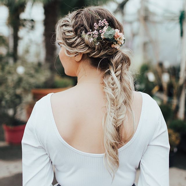 I found a hairstyle on Pinterest like this and recreated it on @creativewifeandjoyfulworker  Photo By @stefunny