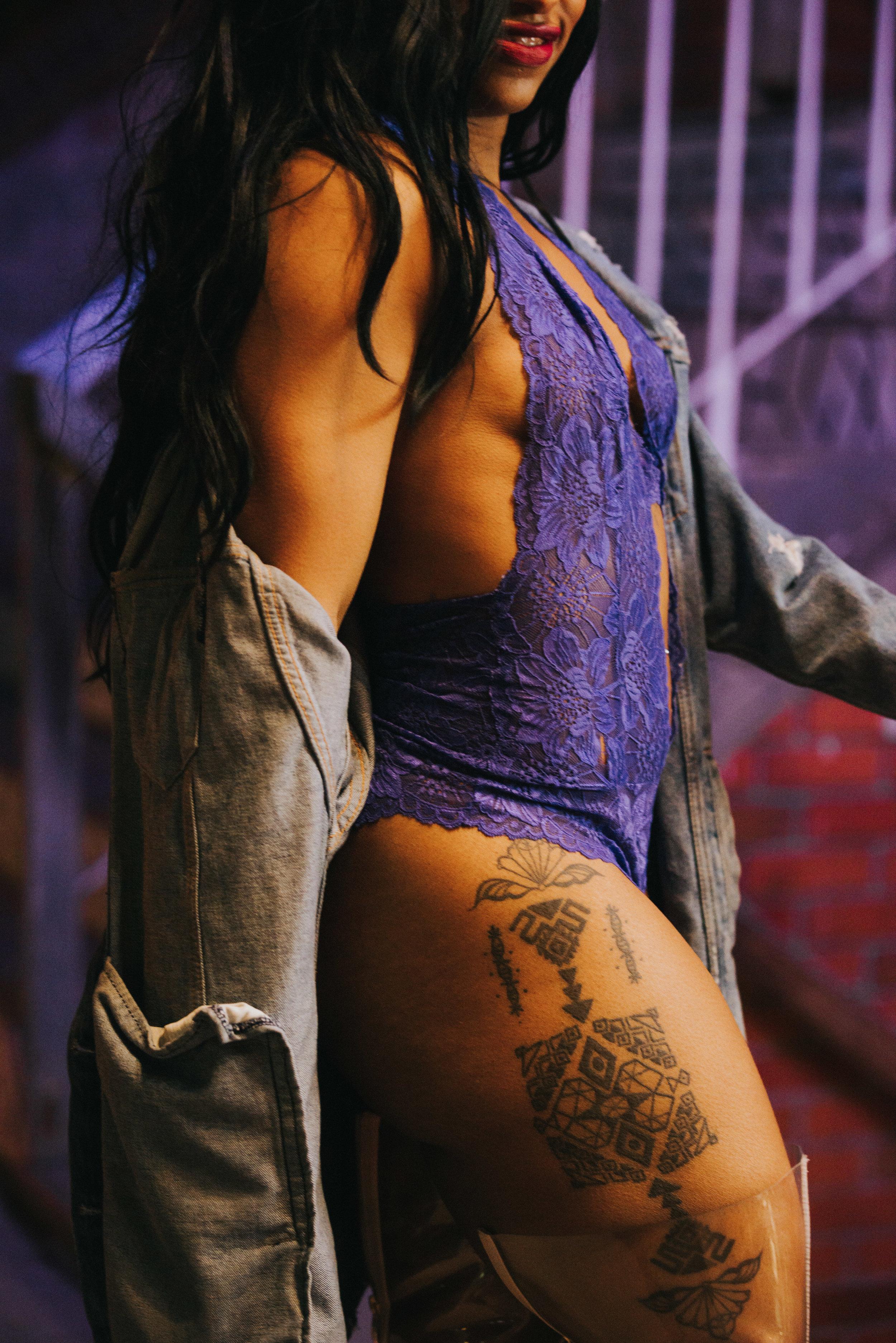 liana-lewis-tattoos-boudoir-scandaleuse-toronto-2