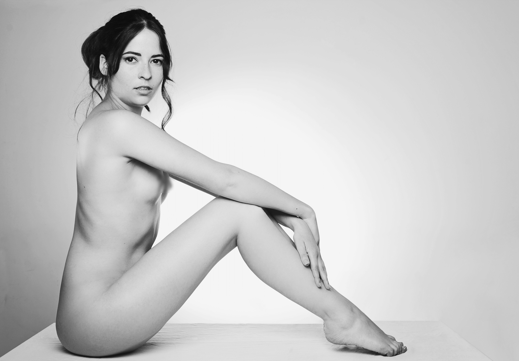 Scandaleuse-photography-toronto-nude-blog-photographer-boudoir-fan.jpg
