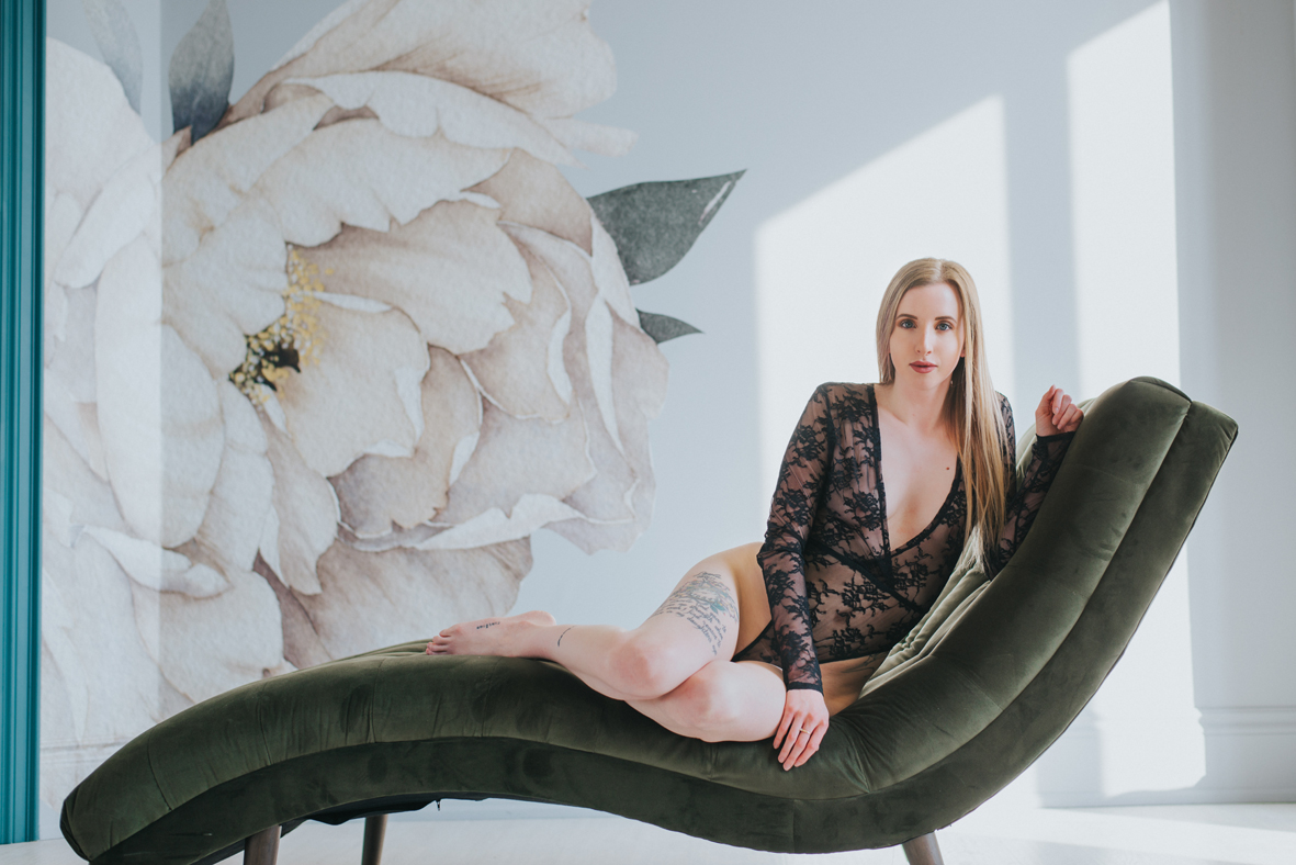boudoir-toronto-photography-scandaleuse-1.jpg