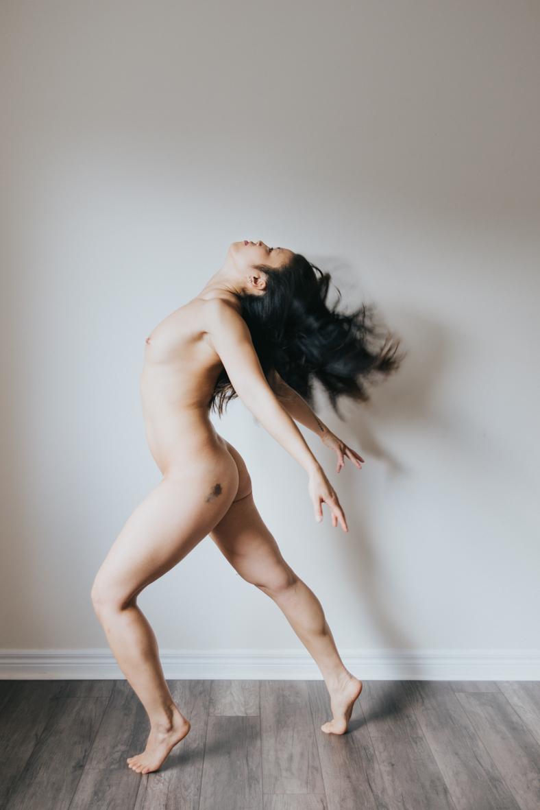 Jessie-Lam-yoga-toronto-scandaleuse-photography-boudoir-8.jpg