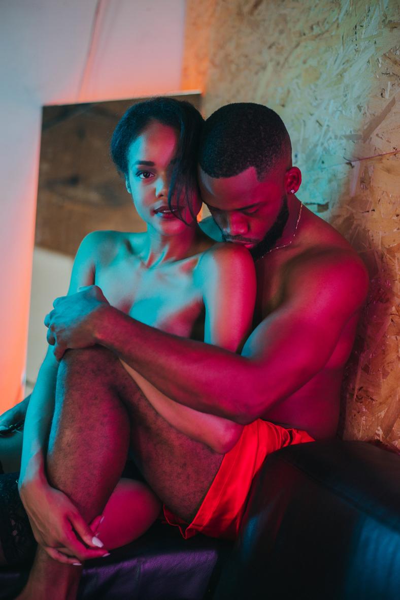 couple-boudoir-photography-toronto-scandaleuse-erotic.jpg