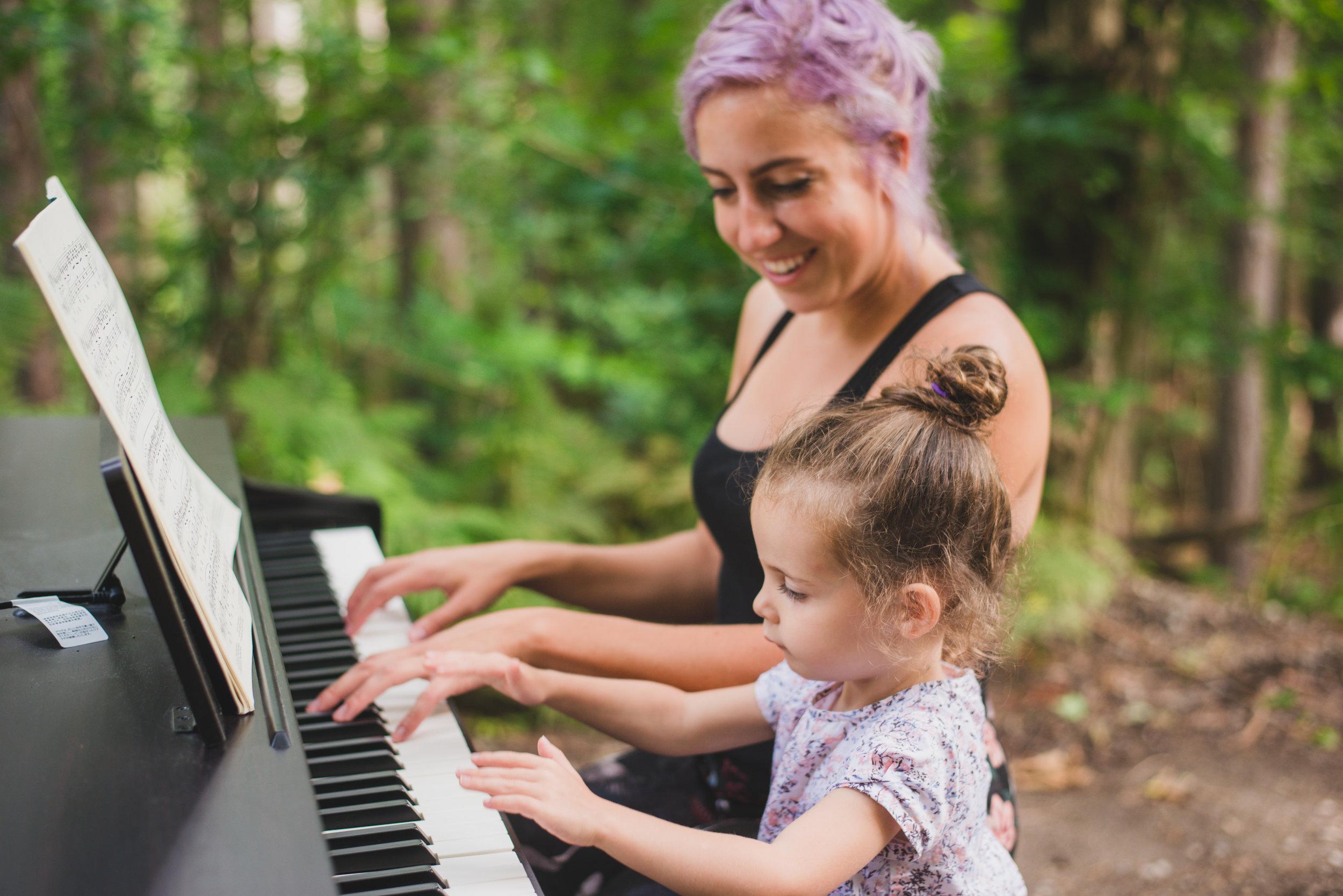 Deanna-Piano-26.jpg