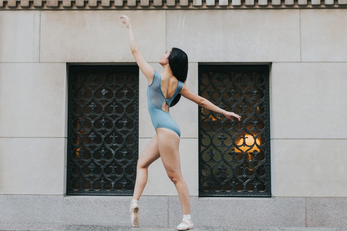LR-ballet-dancer-fitness-Scandaleuse-Photography-1.jpg