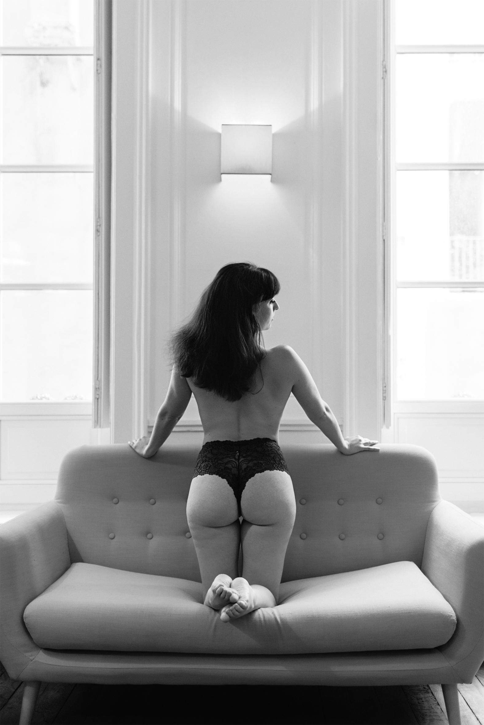 canada-boudoir photographer- toronto-scandaleuse photography-boudoir photography-france-toronto blog-blogger-woman-sexy-erotism-erotic-nude-