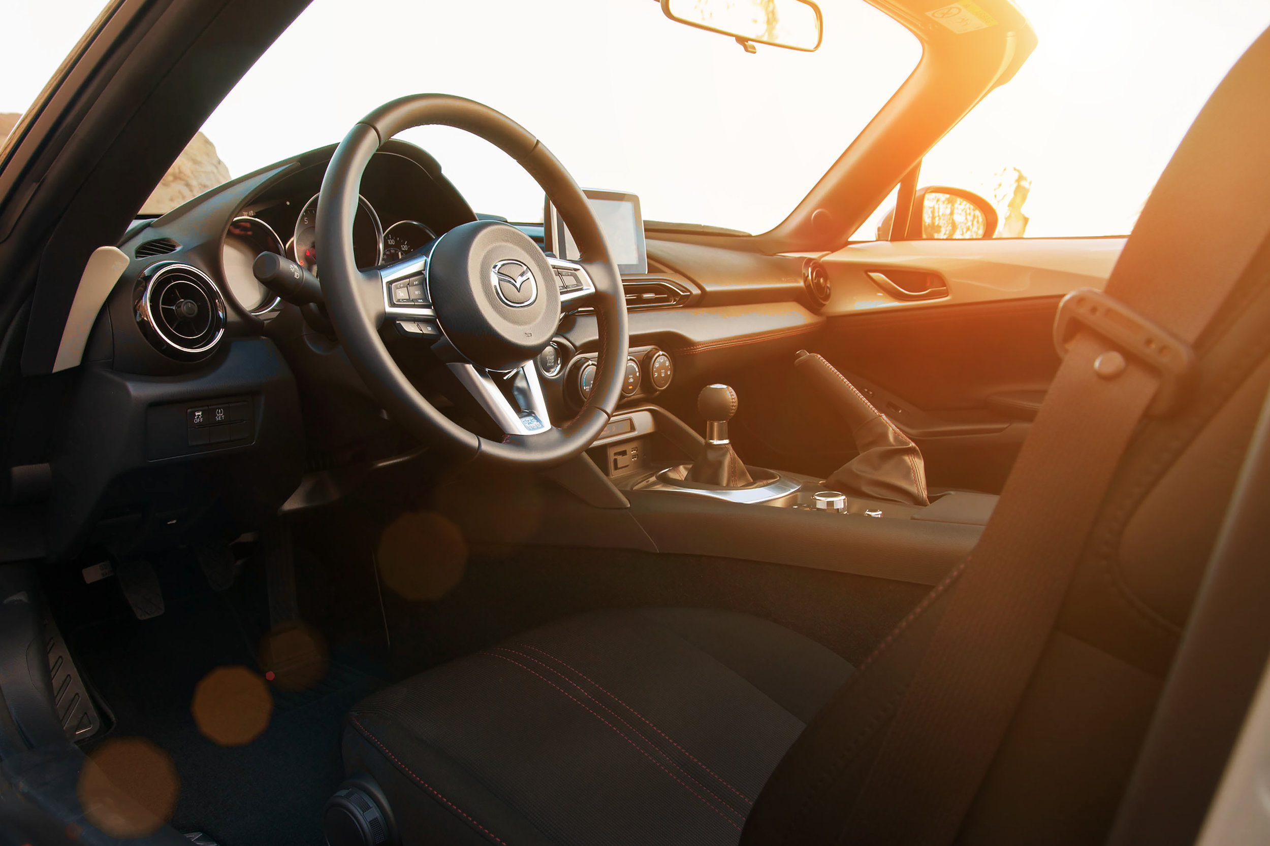 MX5Club_2016_041-1_interior.jpg