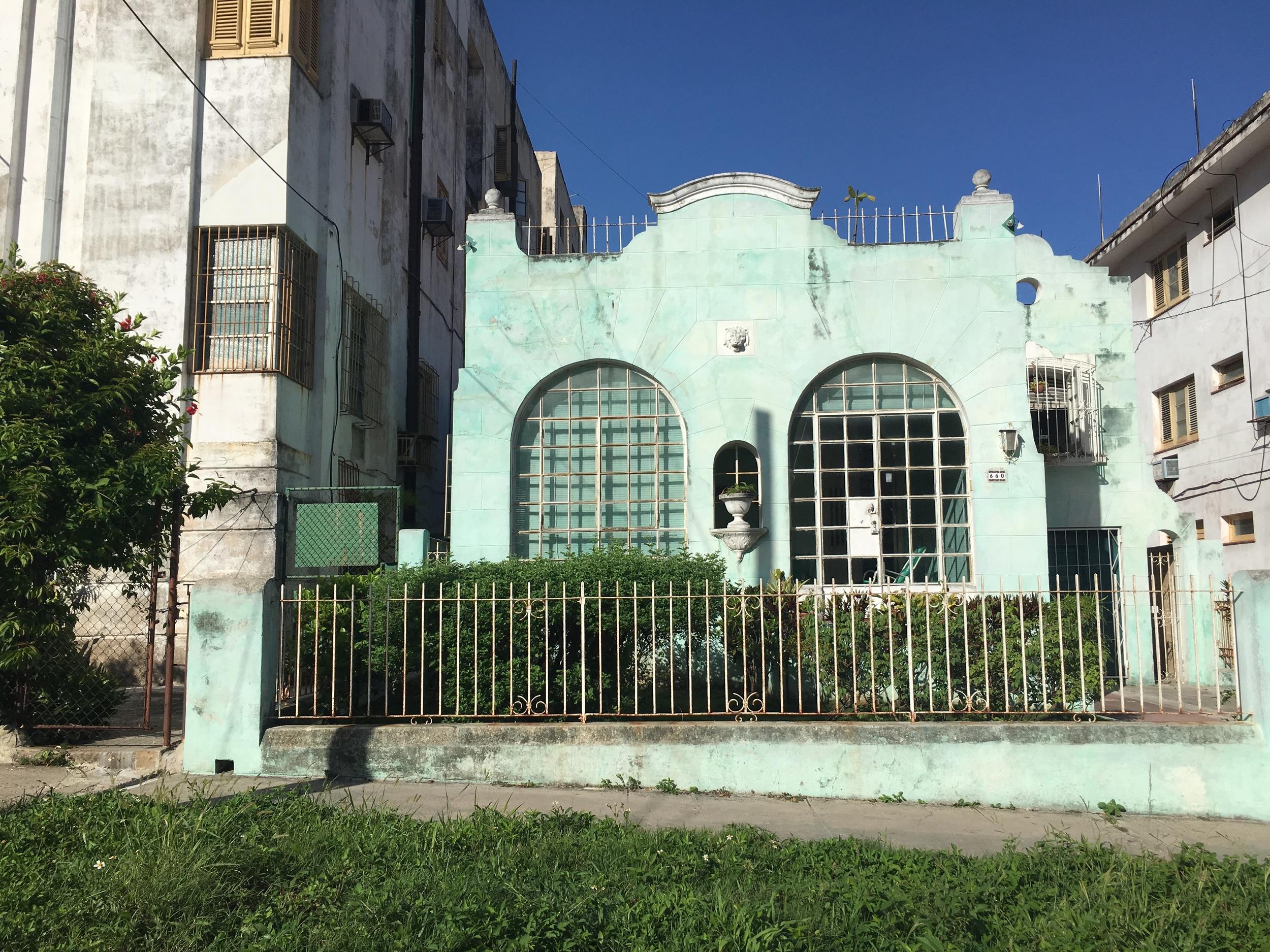 Views of the neighborhood - Vedado