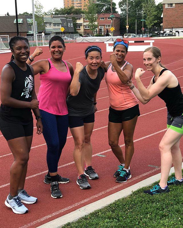 Flexing after speed work 💪🏾 #cityfitgirls #run215 #myphillyrun