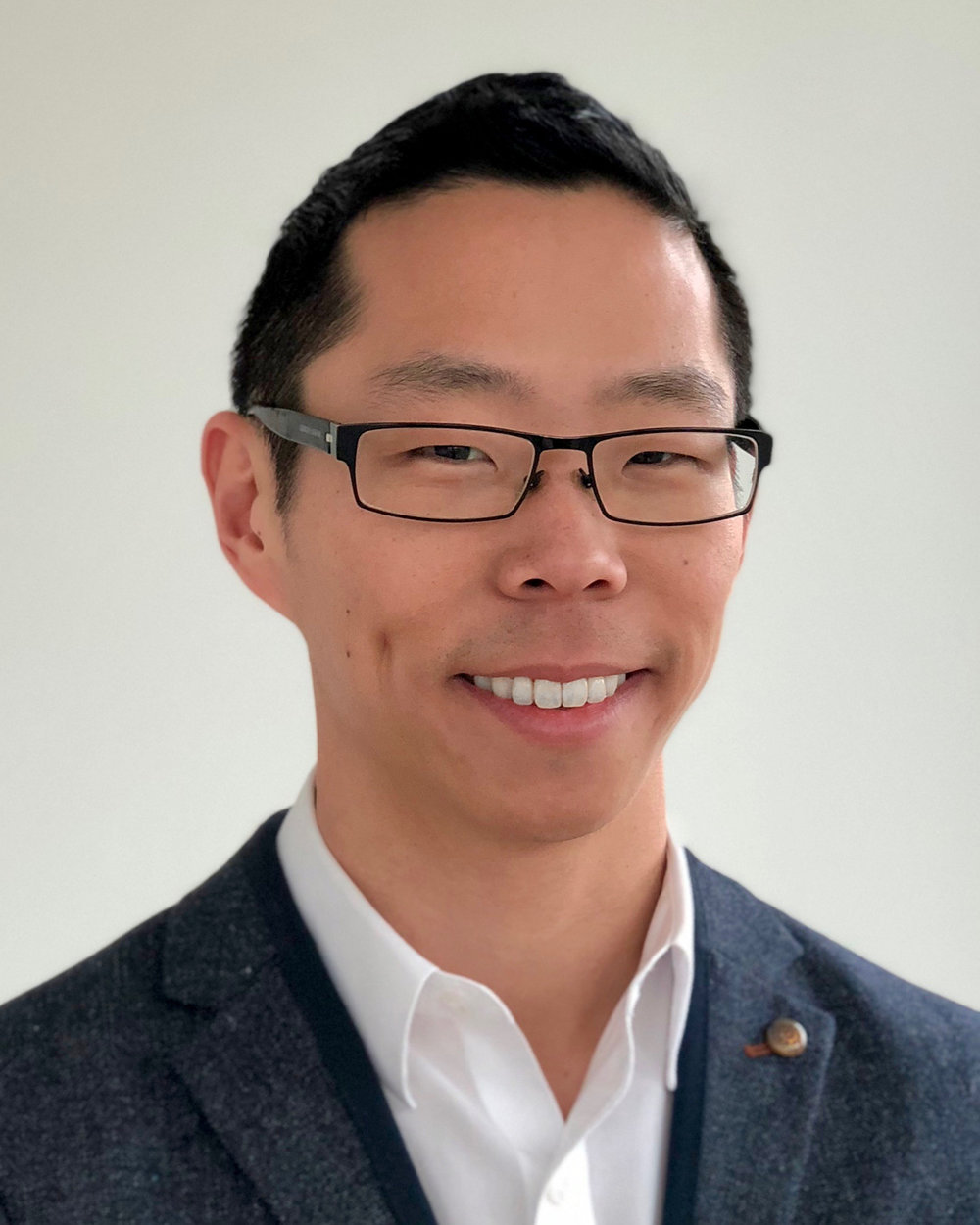 #22 - Discussing Test Characteristics of Point of Care Ultrasound for the Diagnosis of Retinal Detachment in the Emergency Department.Author: Dr. Daniel KimInterviewed by: Dr. Gabe Heiderich