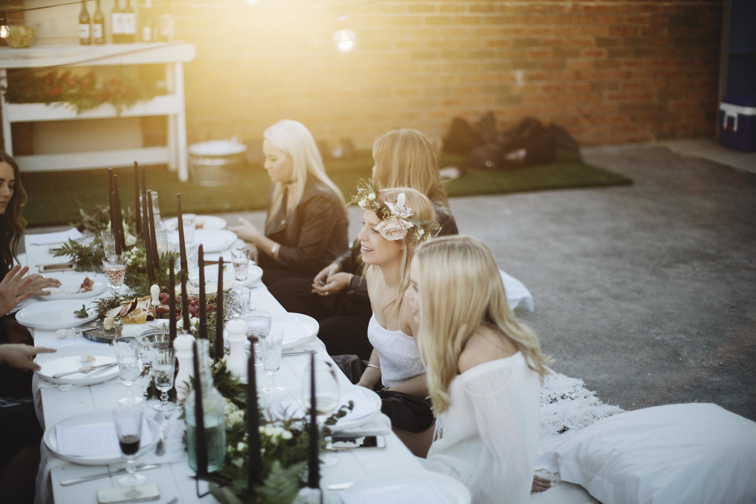 Sydney hens photography green and white florals