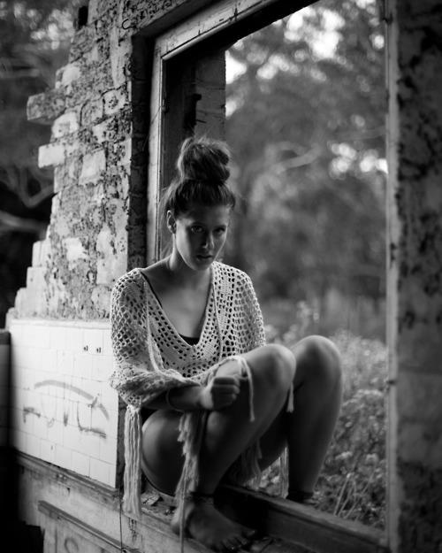 ESTHER NEYENHUYS -