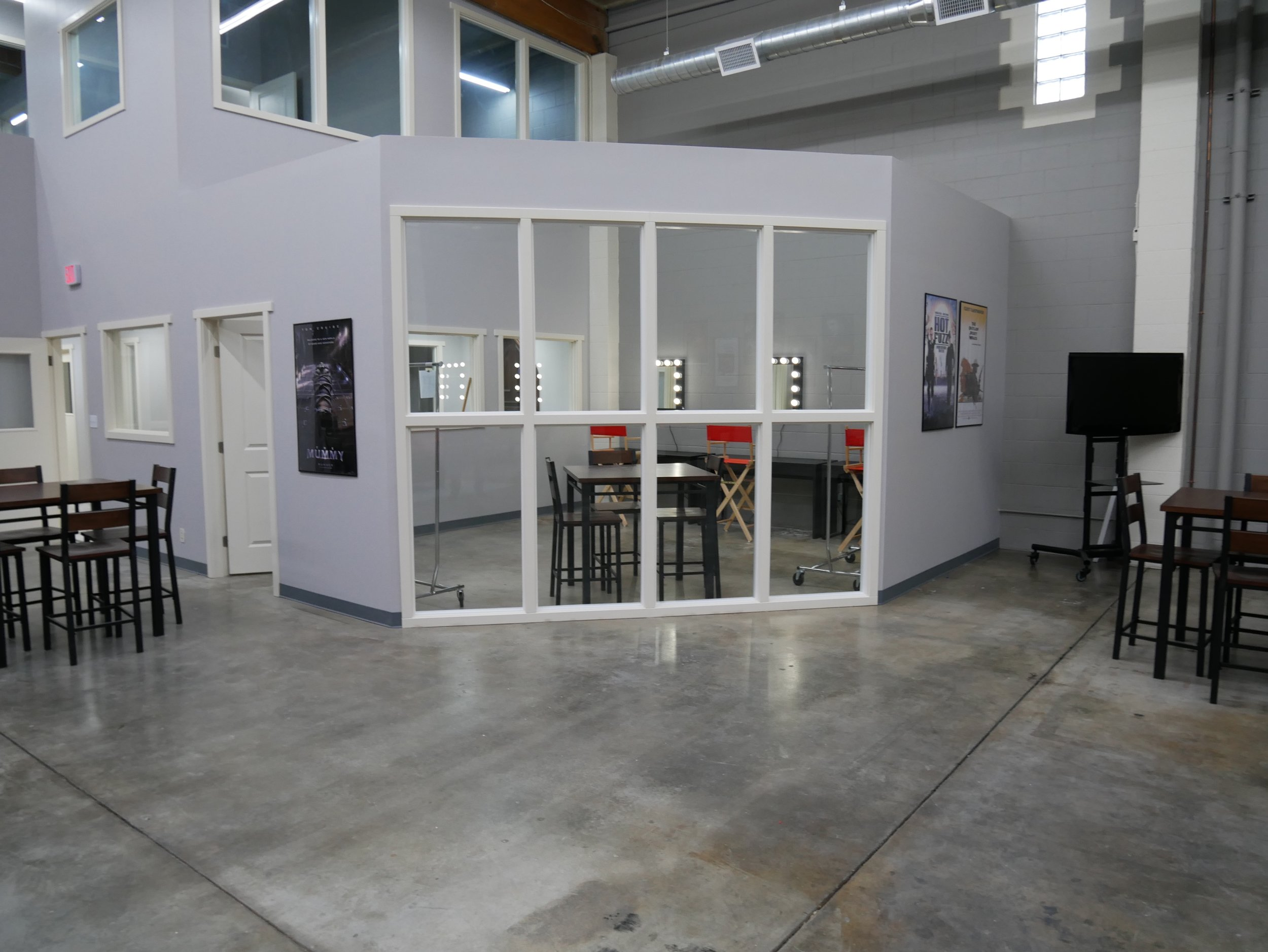 Production Studio Common Area4.jpeg