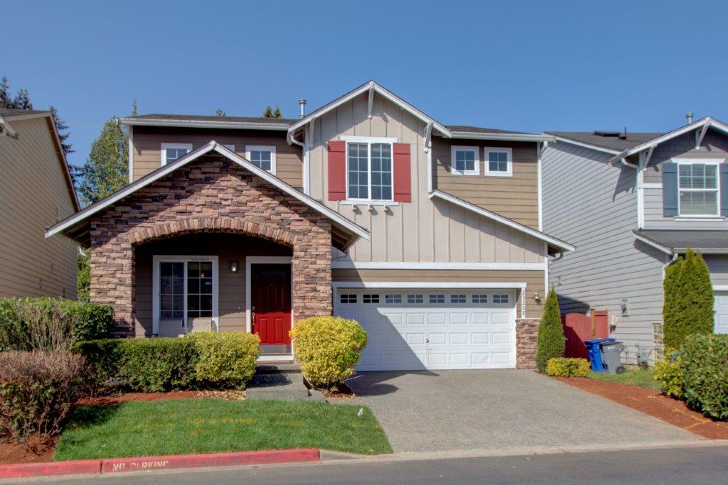 JUST LISTED: Bothell Canyon