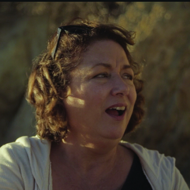 Beach Lady   She loves herself for no reason, something Lil admires. Perhaps it is that blind self love that has made her rather arrogant and mean to strangers. The Beach Lady is played by Maggie Egan.  IMDB page
