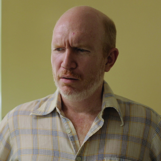 Bill   Bill is a nice man who almost falls in love with Lil. Bill misinterprets Lil's commitment to getting to know new people as stalking and breaks off the relationship early. Bill is played by Chris Crofton.  IMDB page