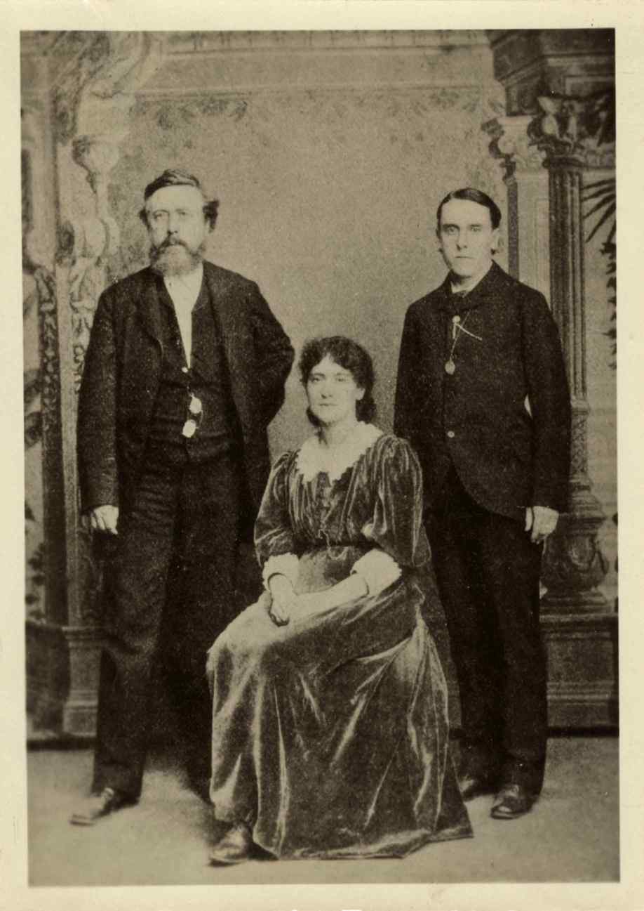 Eleanor Marx with her husband Edward Aveling (R) and William Liebknecht (L). c. 1886.