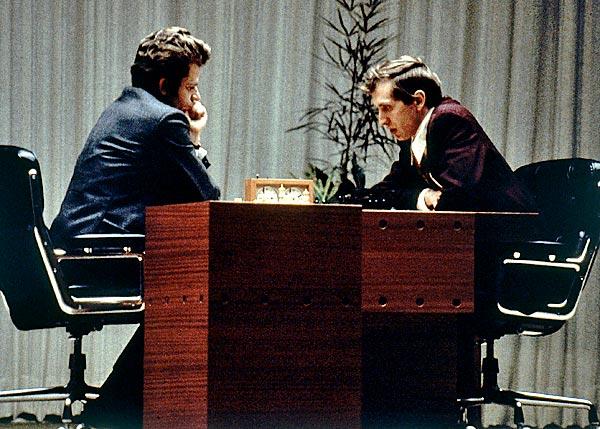 Spassky (left) and Fischer in 1972