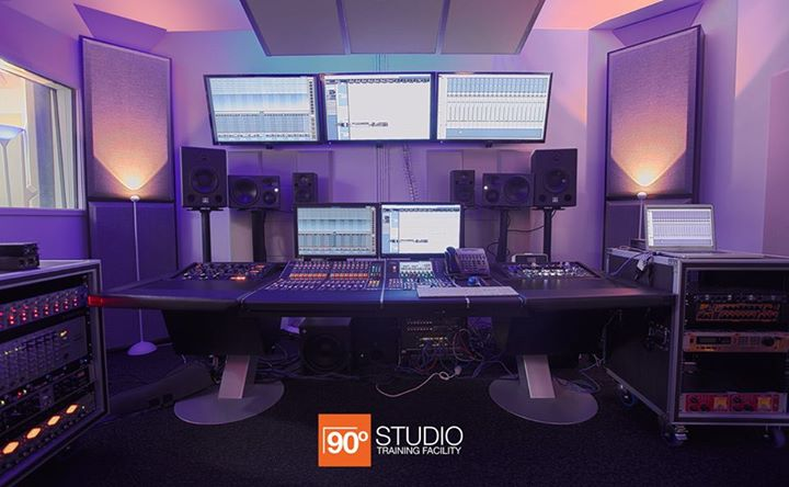 90 degree studio 2