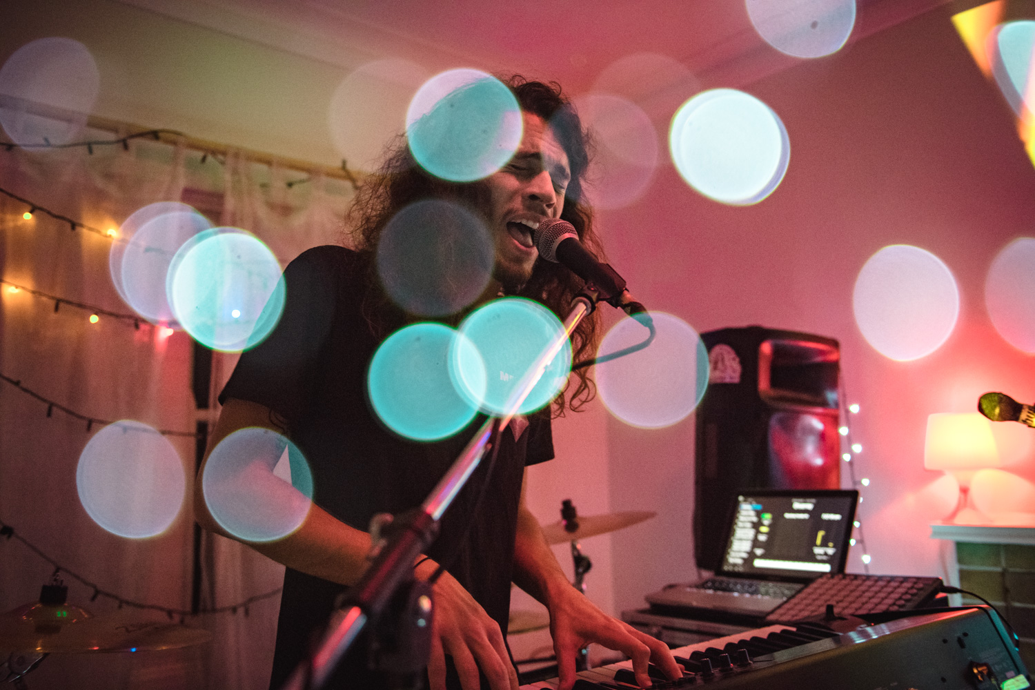 Skyepaint at Raave Tapes 'Shhh' Top Secret House Show - Photography by   Matthew Waddingham