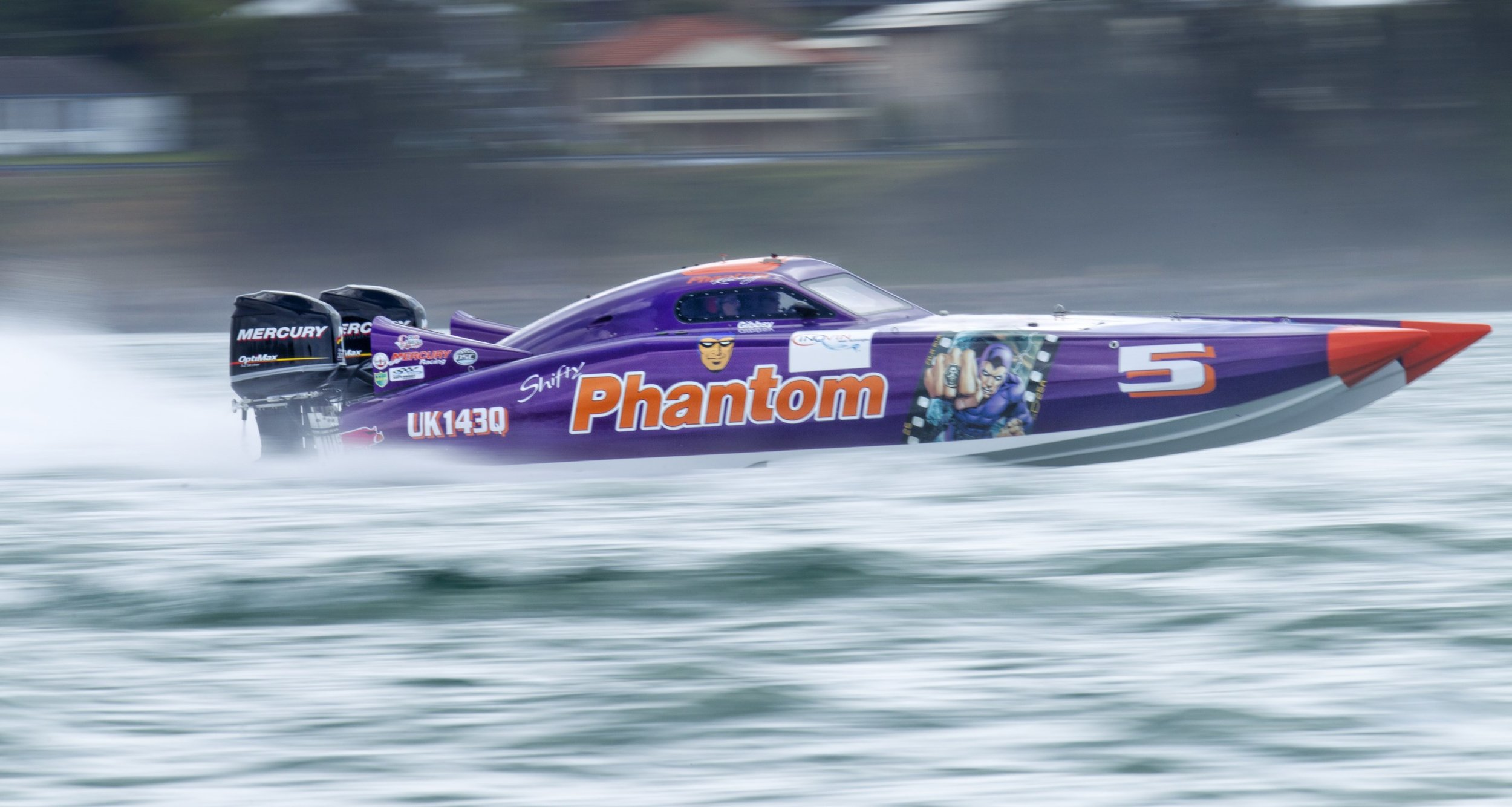 Lake Mac Big Weekend superboats.jpg