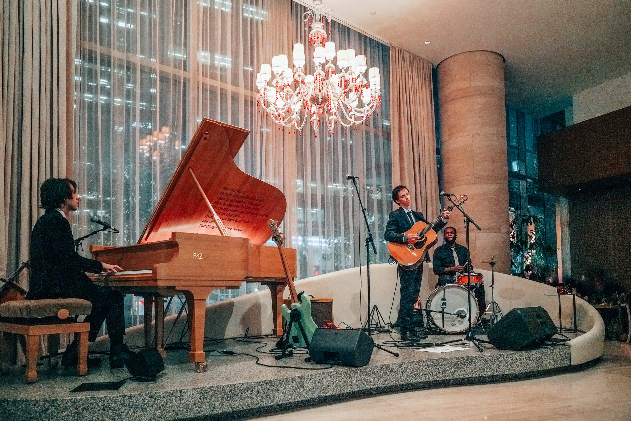 Live Music in the Lobby Lounge