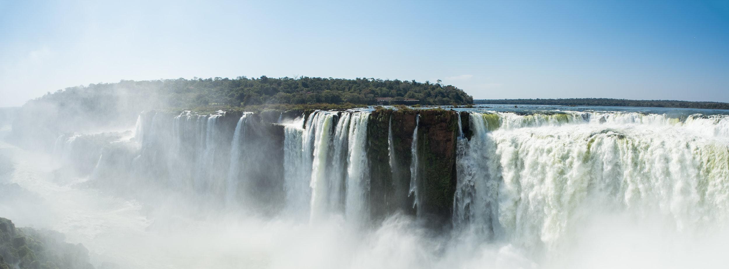Iguazu falls Argentina – Mind the Pack